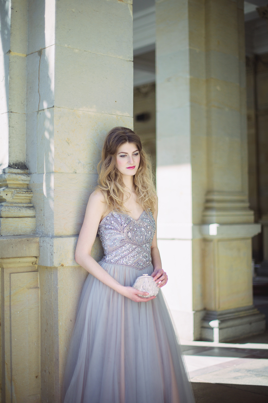Půvabná Nicole, fotografie Yana Zolotoverkhaya na blogu Originální Svatba