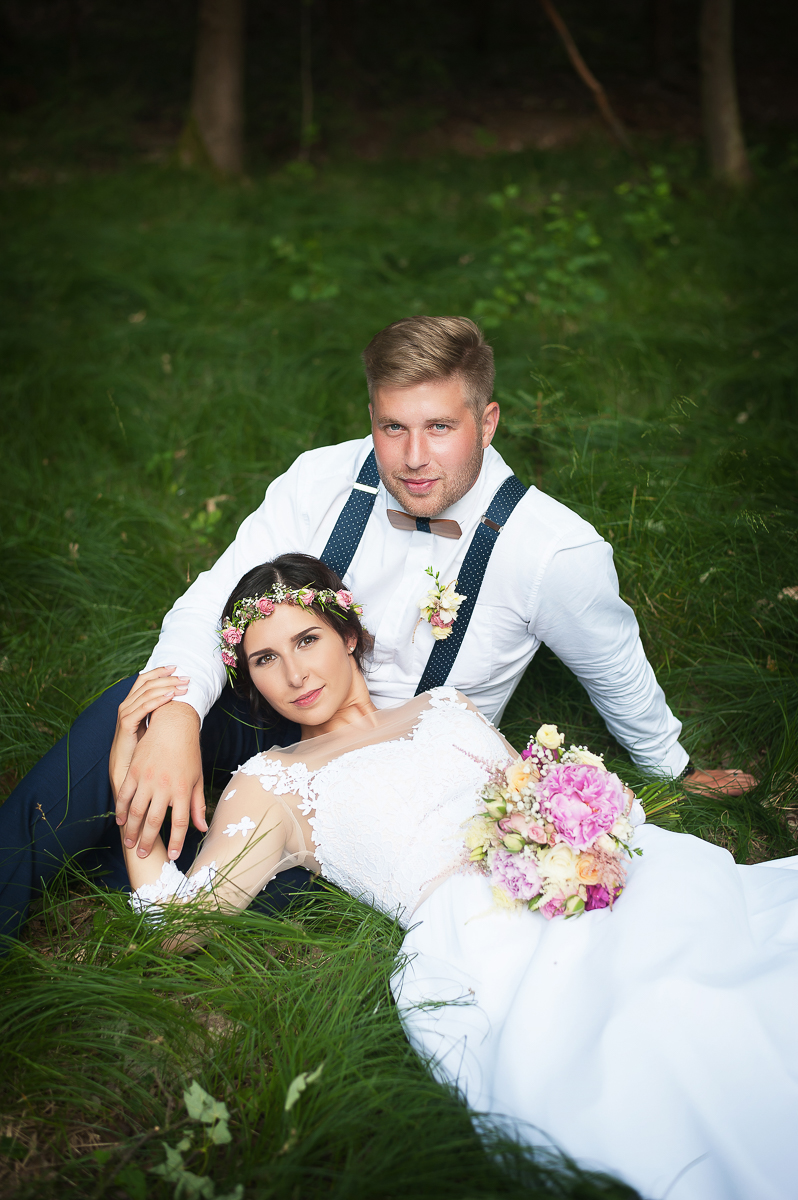 Naše vysněná svatba v přírodě, fotografie Lucie Linhartová na blogu Originální Svatba